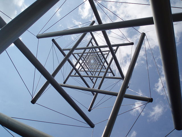 Picture of Kenneth Snelson Needle Tower